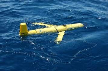 Un glider est un appareil autonome sous-marin qui réalise des mesures de température et de salinité sur les premiers 1.000 m de la mer. Selon les capteurs installés, des mesures biogéochimiques ou de vitesse sont aussi possibles © CNRS Photothèque/John Pusceddu