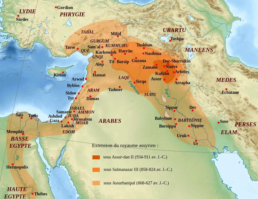 L'extension de l'empire assyrien peut être découpée en trois phases. La troisième phase signe la conquête de Babylone. © Zunkir, Wikimedia Commons, CC by-sa 3.0