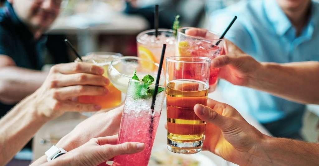 Plus de la moitié des femmes boivent de l'alcool de façon occasionnelle (moins d'une fois par semaine). © bridgesward, Pixabay