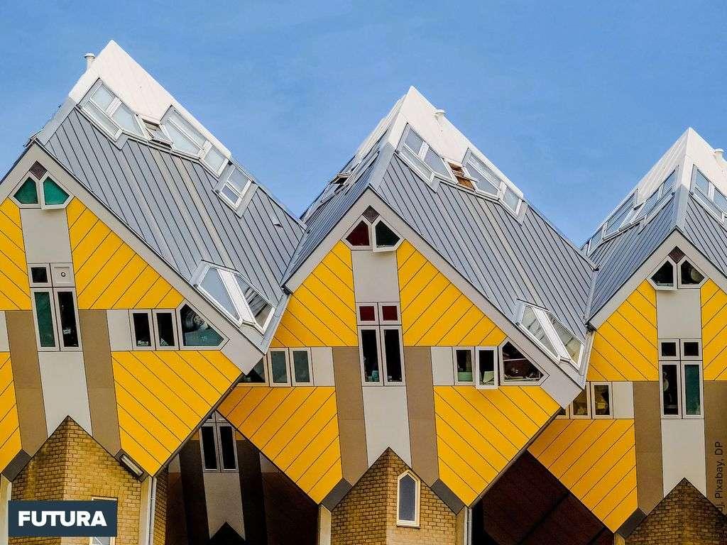 Les maisons cubes innovantes construites en 1970 à Rotterdam par Helmond