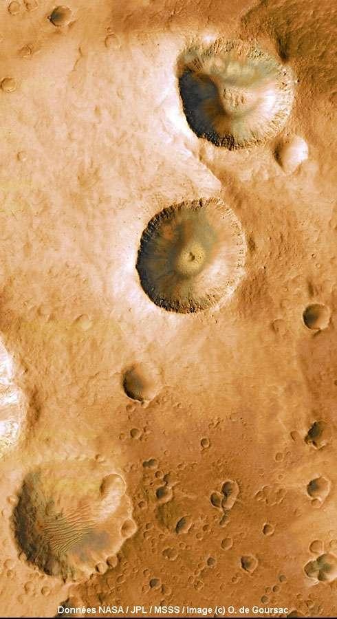 Terrain cratérisé dans Arabia Terra