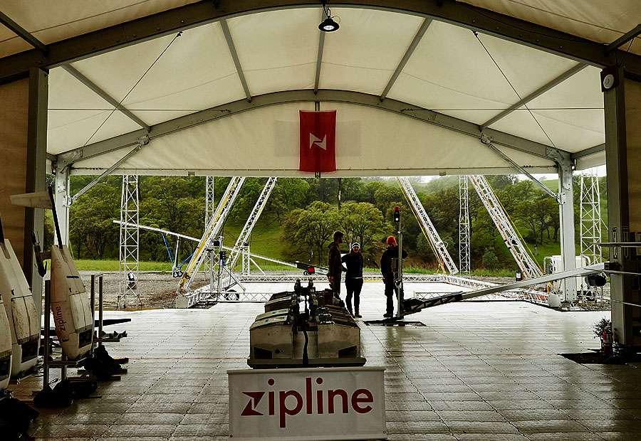 Zipline s'est donné pour mission de faciliter la livraison de produits médicaux (sang, médicaments) par la voie des airs à des fins humanitaires dans des régions comme le Rwanda. © Zipline