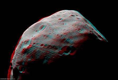 Phobos en trois dimensions (anaglyphe rouge, bleu, et vert). Crédit : Esa/ DLR/ FU Berlin (G. Neukum)