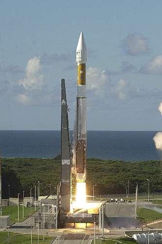 Mise à feu et décollage d'Atlas 5 le 21 août 20