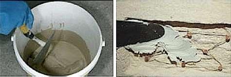 Déposer le mortier à la truelle en deux passes. © Weber