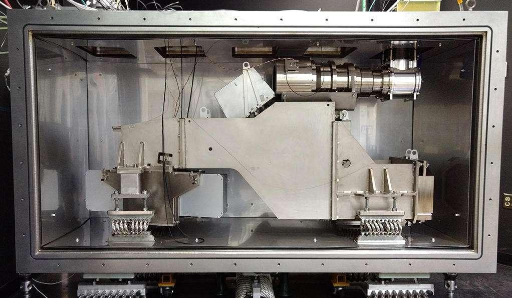 Le spectromètre américain Expres (pour Extreme Precision Spectrometer) qui sera en compétition avec l'Expresso européen de l'ESO. © Express Science Team