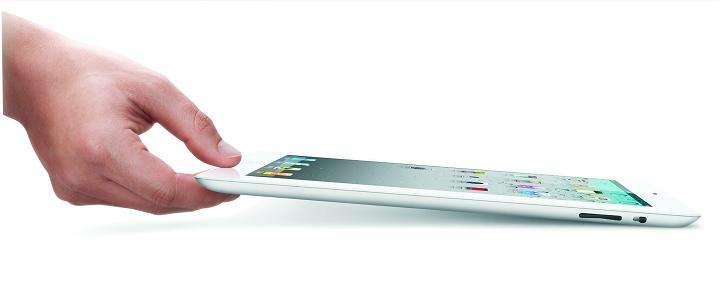 Première différence notable : l'iPad 2 est 33 % plus fin que son prédécesseur. © Apple
