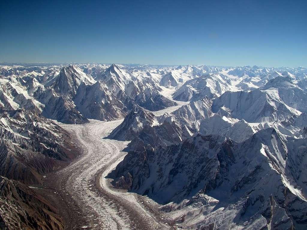 Le glacier du Baltoro, au pied du K2