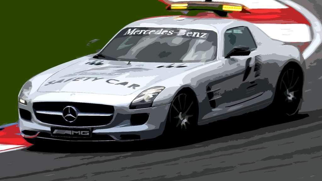 La voiture de sécurité de Mercedes-Benz, lors des courses automobiles