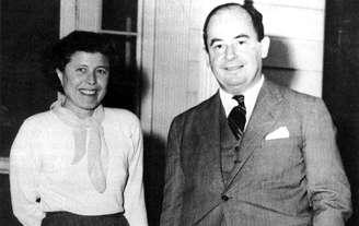 John Von Neumann et sa seconde femme, Klari Dan.