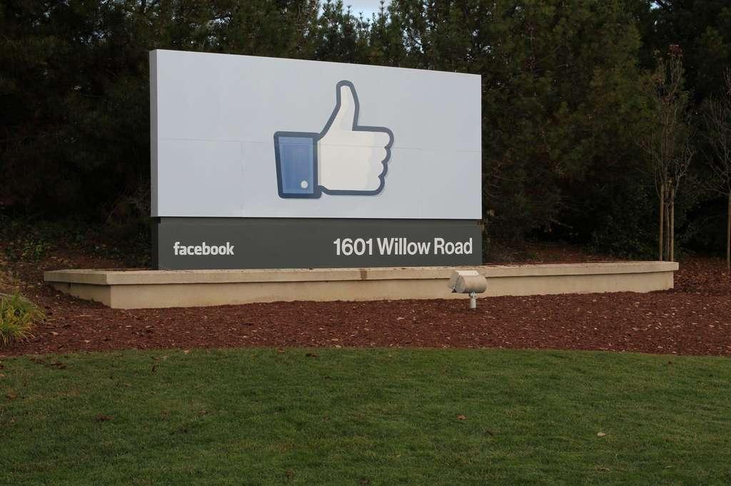Né à l'université d'Harvard en 2004, Facebook possède déjà deux laboratoires : un à Menlo Park, en Californie, et un à New York. © Facebook