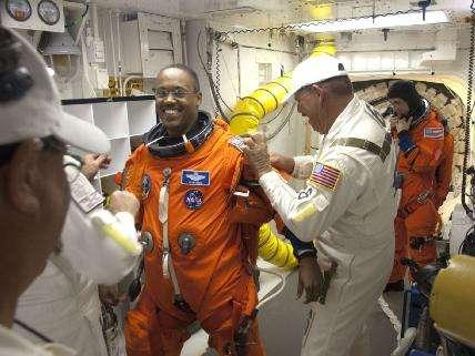L'astronaute Alvin Prew se prépare pour le vol. © Nasa/Sandra Joseph et Kevin O'Connell