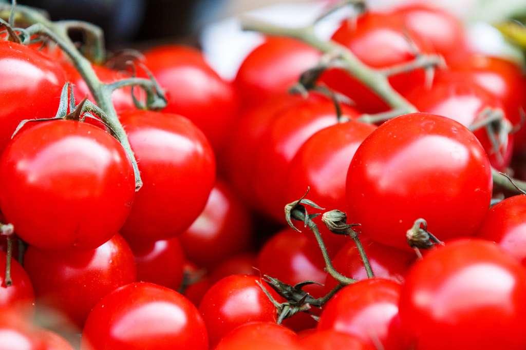 Sous l'effet de la chaleur, les fruits et les légumes entiers éclatent. © Thomas Martinsen, Unsplash