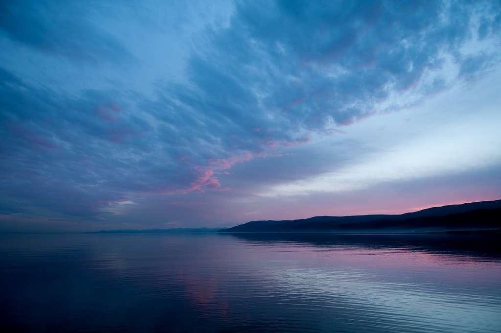 Le lac Baïkal, la plus grande réserve d'eau douce liquide de surface