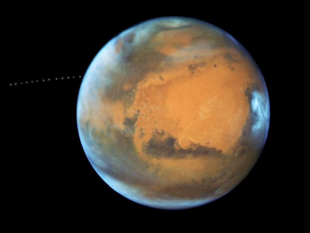 Mars et sa lune Phobos