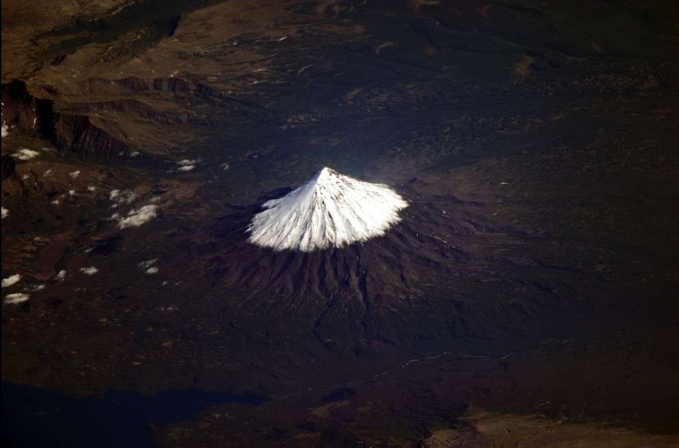 Volcan dans le Kamchatka. © Fyodor Yurchikhin/Russian Space Agency Press Services