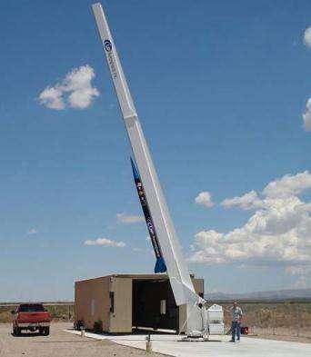 La première fusée d'UP Aerospace est sur son pas de tir temporaire, au Nouveau-Mexique (Crédits : Up Aerospace/KRQE)