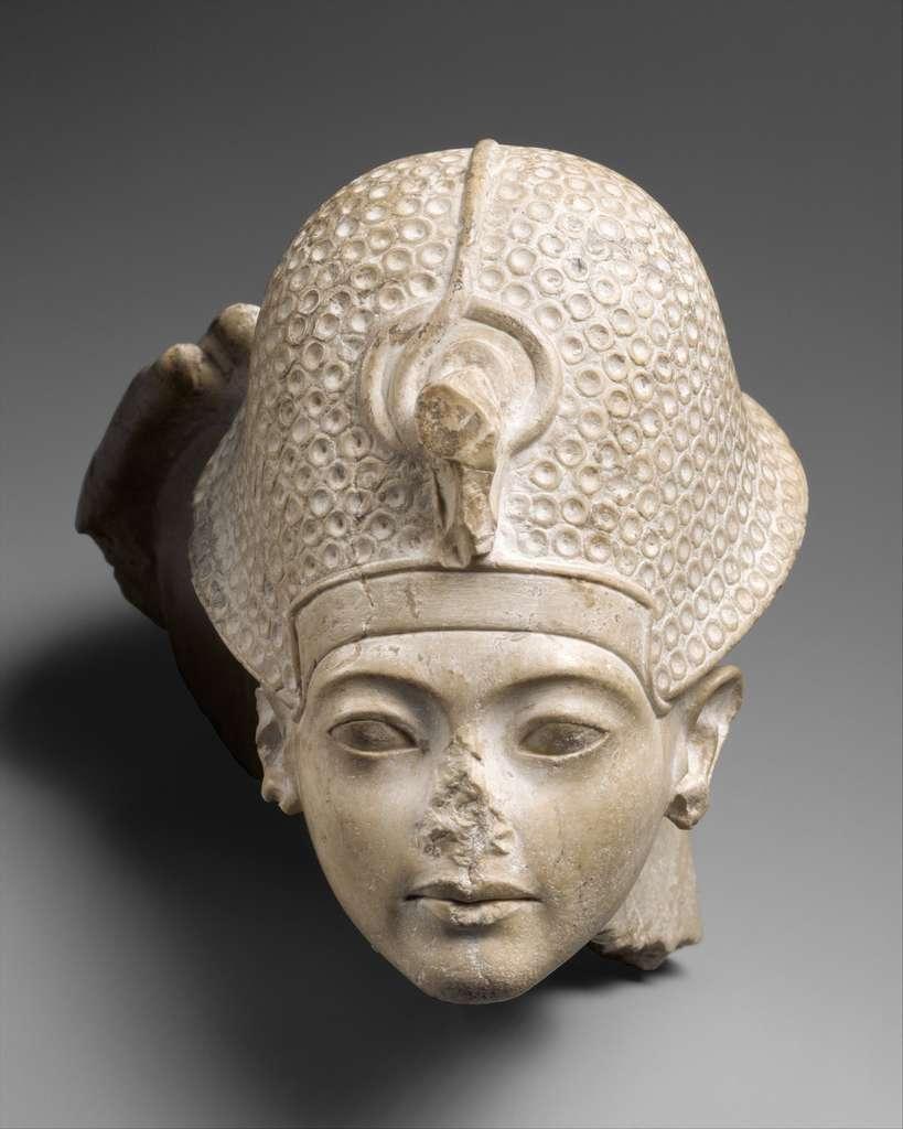Toutânkhamon, le fils d'Akhenaton et de la sœur de ce dernier, a vécu entre -1345 et -1327 avant J.C. © The Metropolitan Museum of Art