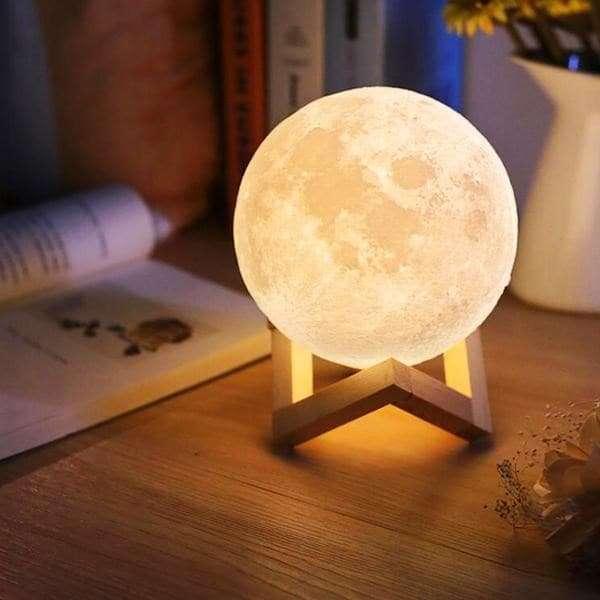 La lampe lune : 47,99 euros chez Nature & Découverte