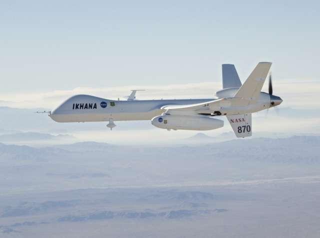 Les États-Unis prévoient d'autoriser, dès 2015, le survol de leur territoire par des UAV (pour Unmanned Aerial Vehicle), au sein du trafic aérien. © Jim Ross, Nasa Dryden Flight Research Center