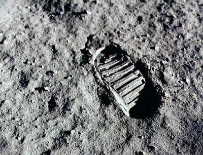 Empreinte du pas de Buzz Aldrin au cours de la mission Apollo 11 le 20 juillet 1969. Crédits : NASA/Apollo11/NSSDC