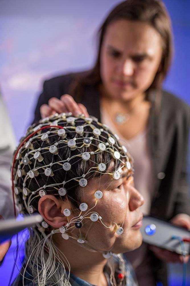 La technologie développée par le laboratoire de l'UNC School of Medicine utilise des électrodes pour stimuler certaines régions du cerveau. © Brian Strickland