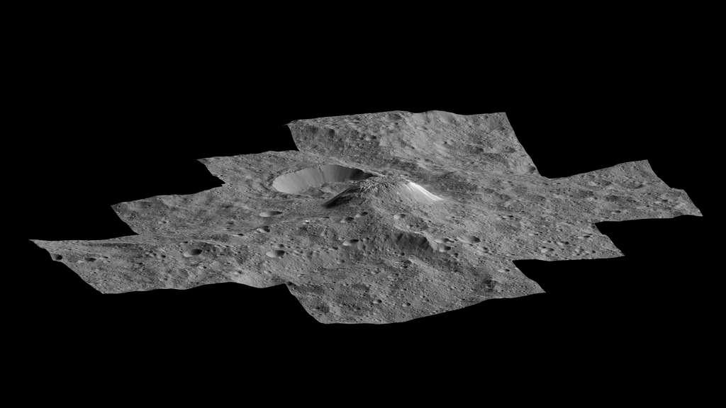 Vue tridimensionnelle du mont Ahuna. Vu de plus près, il a moins l'aspect d'une pyramide qu'observé à plus grandes distances. © Nasa, JPL-Caltech, UCLA, MPS, DLR, IDA, PSI