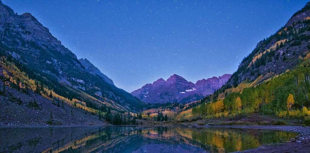Le lac Maroon et ses couleurs surnaturelles