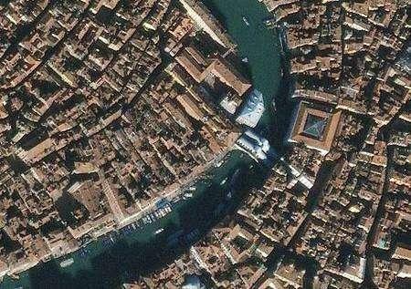 Autre vue de Venise sous une précision métrique. Crédit Ikonos