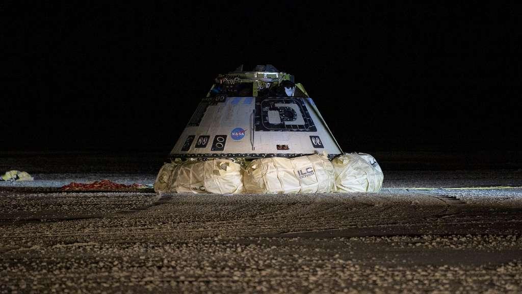 Retour sur la terre ferme pour la capsule Starliner de Boeing. © Nasa, Bill Ingalls