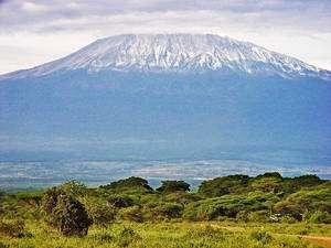 Le Mont Kilimandjaro et ses neiges peut-être absentes en 2030. © Tambako the Jaguar CC by-nd