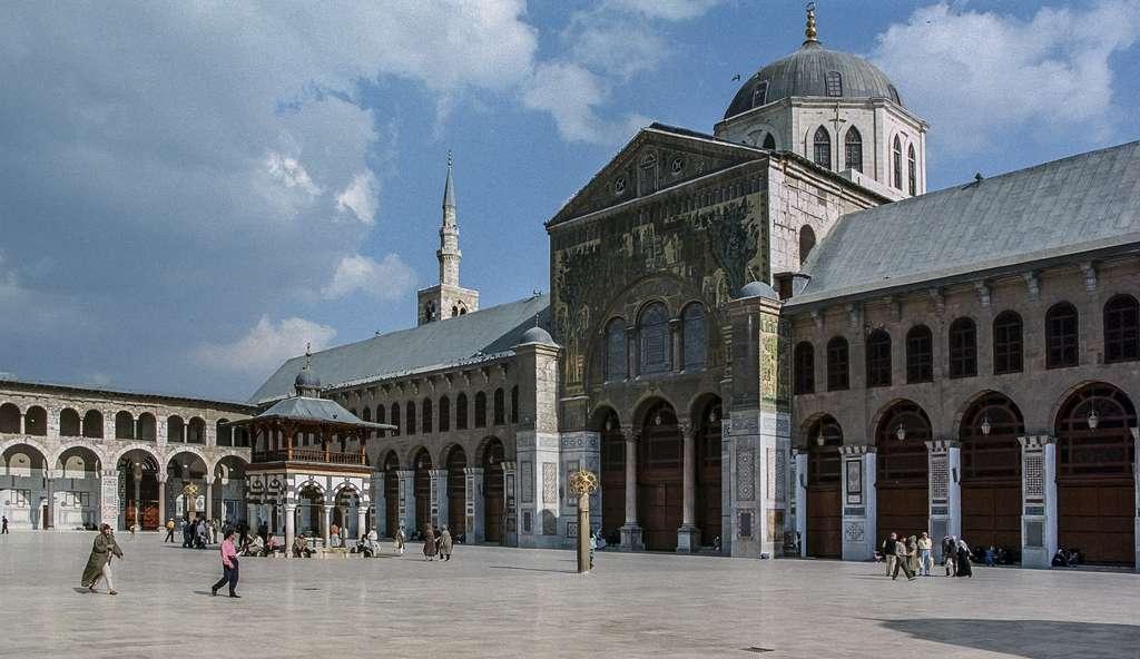 Grande mosquée des Omeyyades de Damas (Syrie), construite entre 706 et 715. © Wikimedia Commons, domaine public.