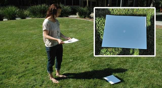 Avec du papier cartonné et une feuille d'aluminium, il est relativement facile de fabriquer une « caméra à sténopé » permettant d'observer l'éclipse de Soleil en toute sécurité. © Jet Propulsion Laboratory