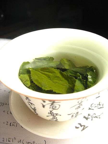 Le thé vert permettrait de réduire les risques de cancer ou d'en ralentir la progression. © Wikimol - Licence Creative Commons (by-nc-sa 3.0)
