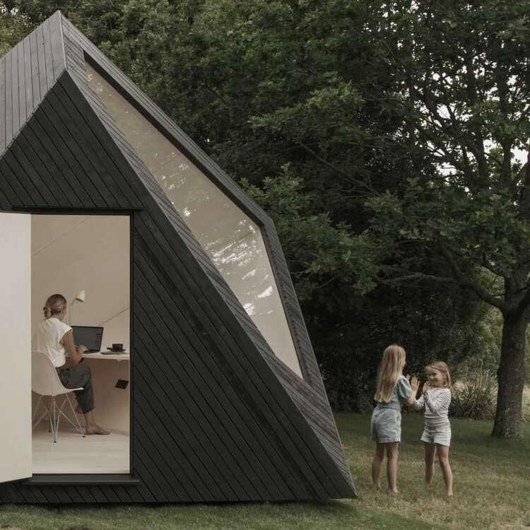 Une cabane ultra-design pour adorer télétravailler dans le jardin. © Courtesy of KOTO
