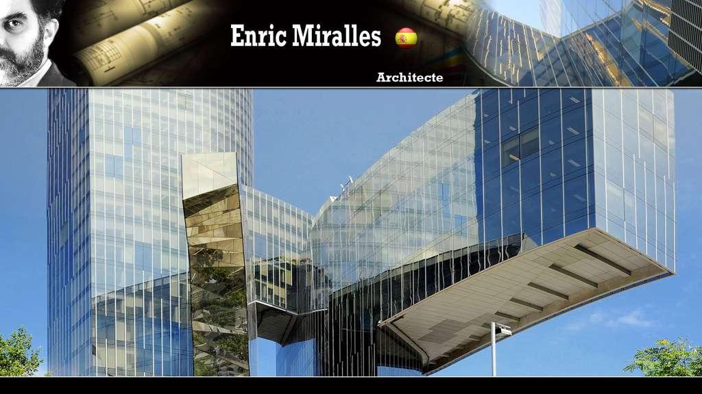 Le siège de Gas Natural (Enric Miralles)