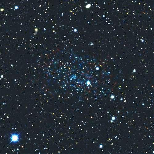 Le nouvel objet extragalactique Eridanus 2 pourrait être une galaxie naine en orbite autour de la Voie lactée. C'est également le cas d'Eridanus 1. Parmi ces objets, le plus éloigné se situe à environ 1,2 million d'années-lumière de notre Galaxie. © S. Koposov, V. Belokurov (IoA, Cambridge)