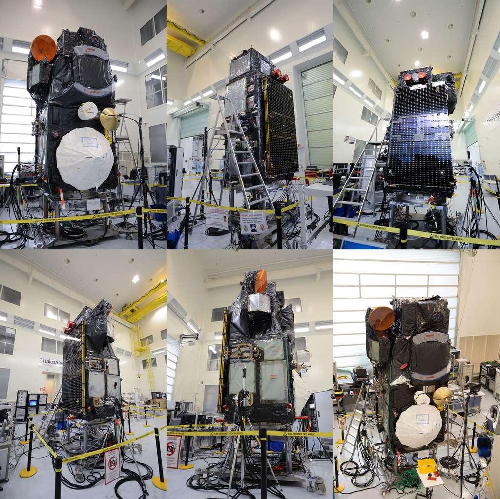 Sentinel 3 entièrement assemblé et testé. Le satellite est ici vu sous différents angles dans l'usine cannoise de Thales Alenia Space qui l'a construit. © Rémy Decourt