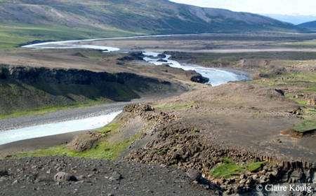 La végétation a du mal à se développer dans certaines parties de l'Islande. © Claire König