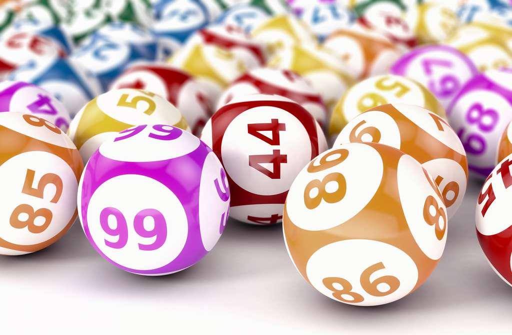 Au loto, chaque boule a la même probabilité d'être tirée. Cela rend aisé le calcul des chances de l'emporter. © lucadp, Fotolia
