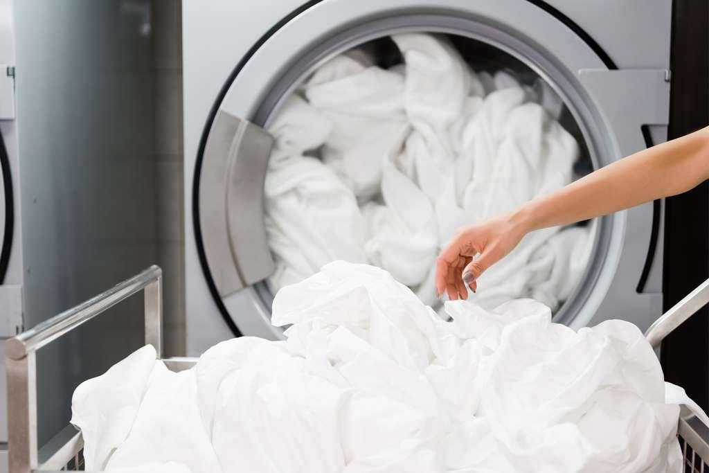 Vérifiez les excipients avant d'acheter une lessive surtout si elle est destinée au linge de votre bébé. © Lightfield Studios