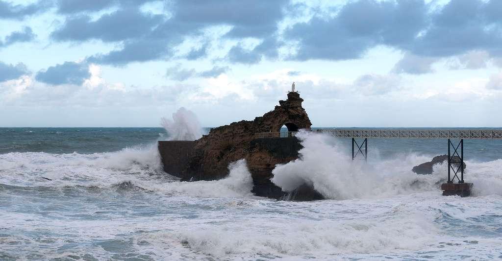 Le Rocher de la Vierge vu de l'esplanade du Port Vieux. © Daniel Villafruela, Wikimedia, CC by-sa 3.0