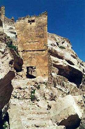 Tour du XIIe siècle, à Hasankeyf. © DP