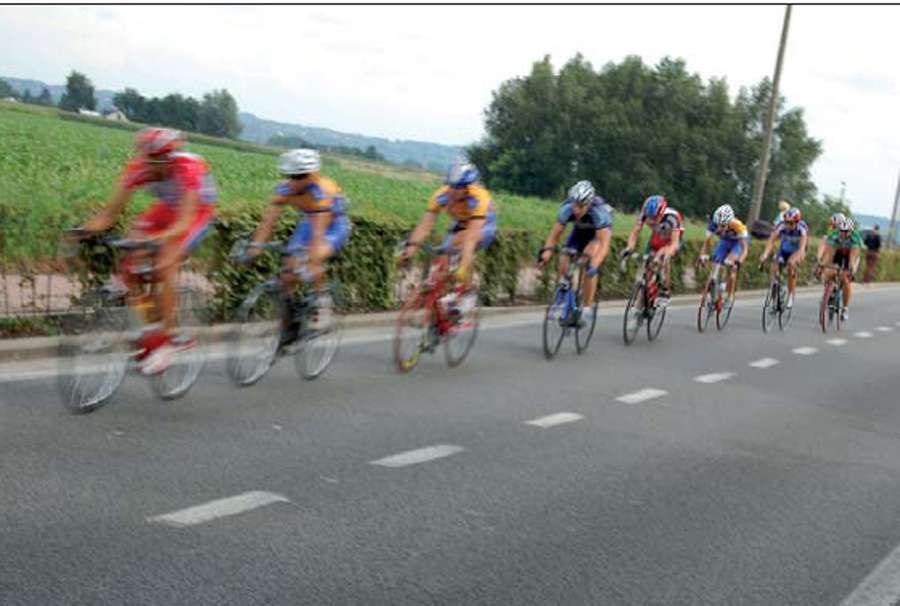 Le Tour de France n'échappe pas au dopage, et ce, depuis les toutes premières courses, à la fin du XIXe siècle. © DR