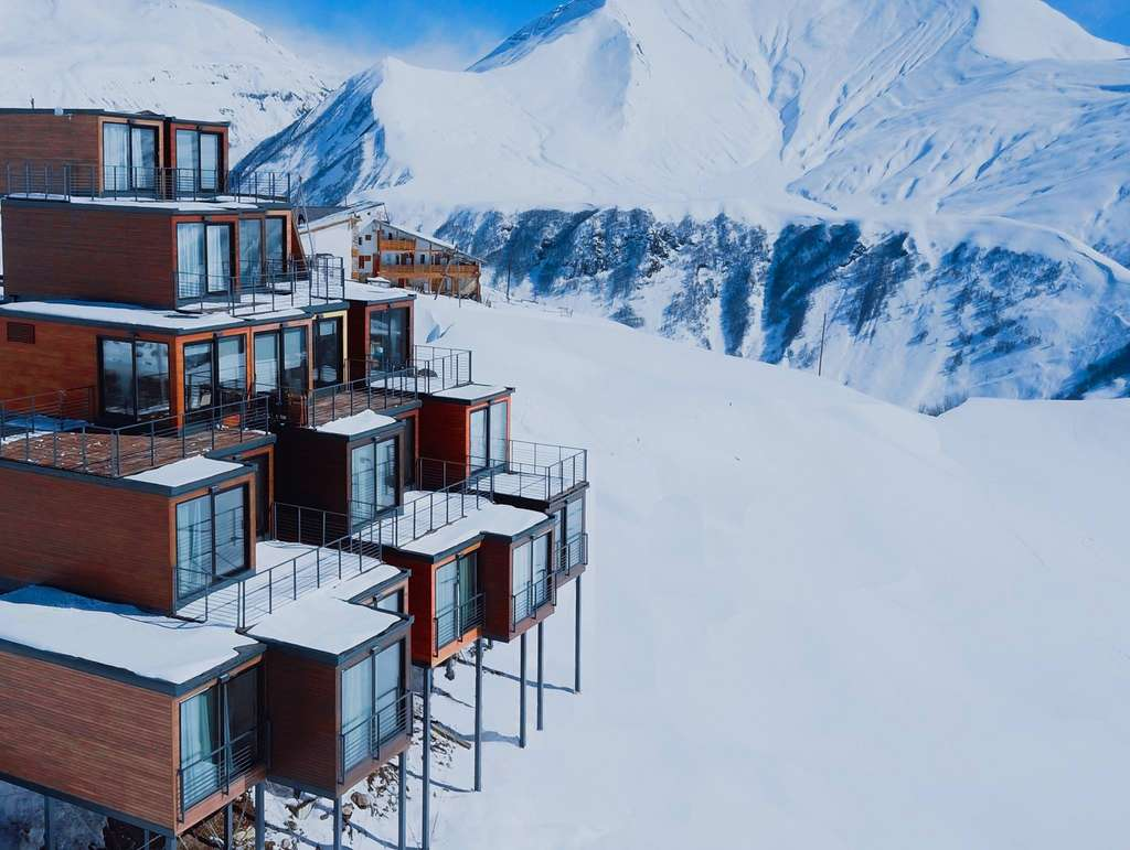 Vacances à la neige en containers. © Quadrum Ski and Yoga Resort, Facebook