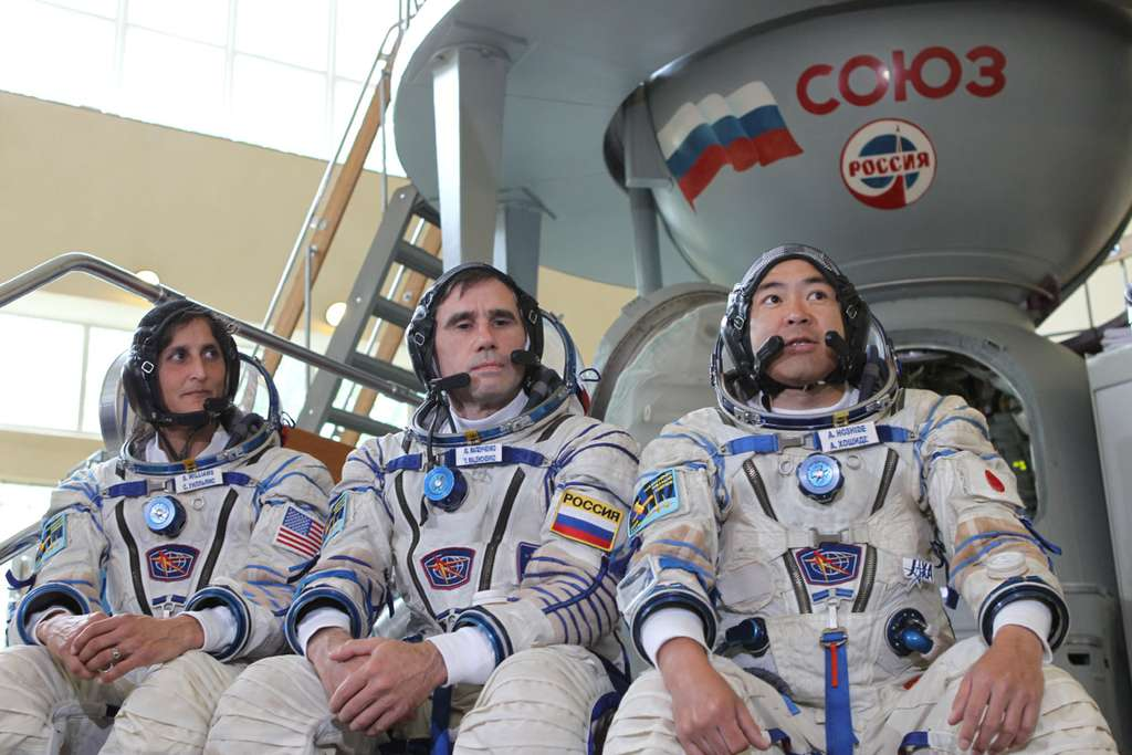 Expédition 32 avec de gauche à droite : Sunita Williams (Nasa), Iouri Malentchenko (Roscomos) et Akihiko Hoshide (Jaxa). © Nasa