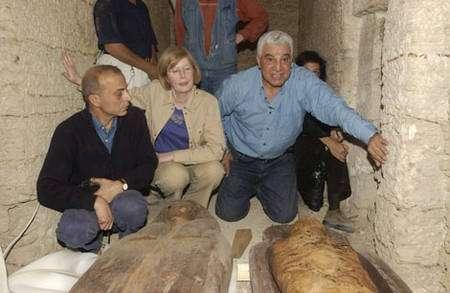 Christiane Ziegler. © Photos Christian Décamps / Mission archéologique du Louvre à Saqqara