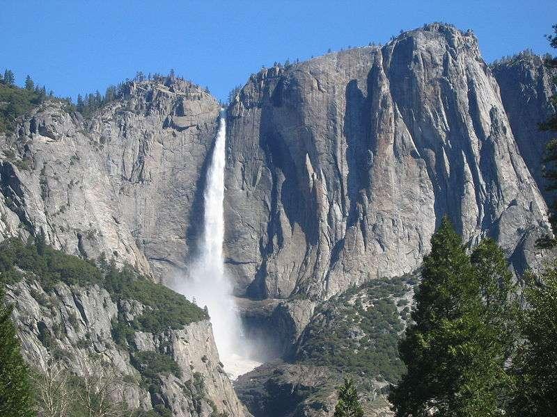 Le parc de Yosemite accueille chaque année près de 4 millions de visiteurs qui viennent admirer ses paysages uniques. © Urban, Wikipédia, DP