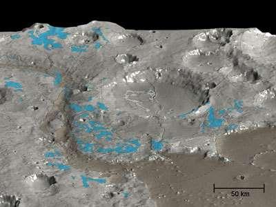 Sites riches en argile de Marwth Vallis Etonamment, ces minéraux hydratés ne se trouvent pas dans les canaux, mais à leur périphérie (Crédits : HRSC,ESA)