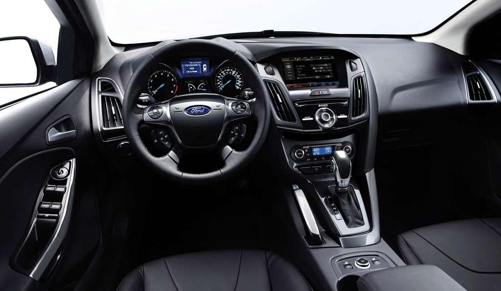 Le système Sync – et son interface utilisateur MyFord Touch – rassemble toutes les fonctions de navigation et de diagnostic de la voiture et permet de gérer les loisirs numériques et les télécommunications à bord. © Ford